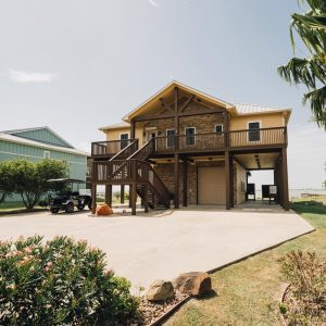 Outside view of the Guest House Building | Bay Flats Lodge Texas | Luxury Texas Lodge